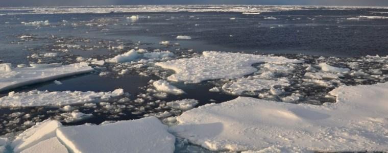 arktis-meereis-in-besonders-schlechtem-zustand