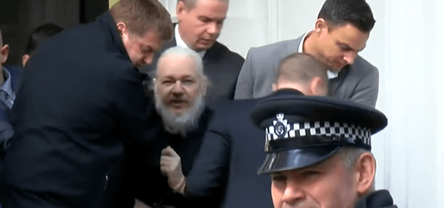 police-state-britain-uk-police-forcibly-arrest-julian-assange-8211-global-research