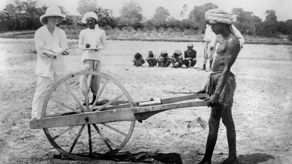 bloody-jewel-in-crown-of-british-empire-how-india-was-mistreated-during-colonial-rule