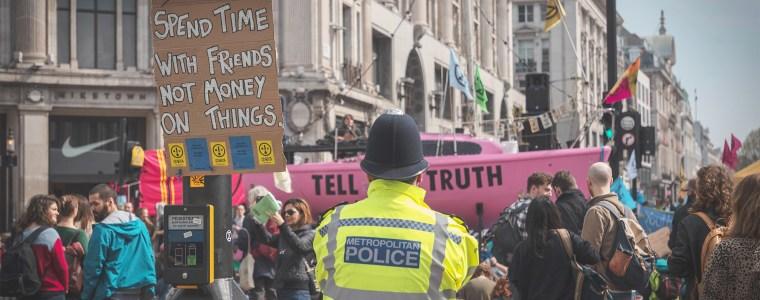 londoner-polizei-geht-mit-online-pranger-gegen-klimaproteste-von-extinction-rebellion-vor