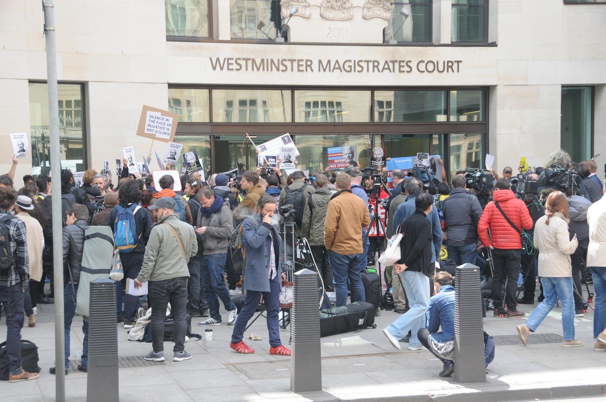 entscheidung-uber-julian-assanges-auslieferung-an-die-usa-vertagt