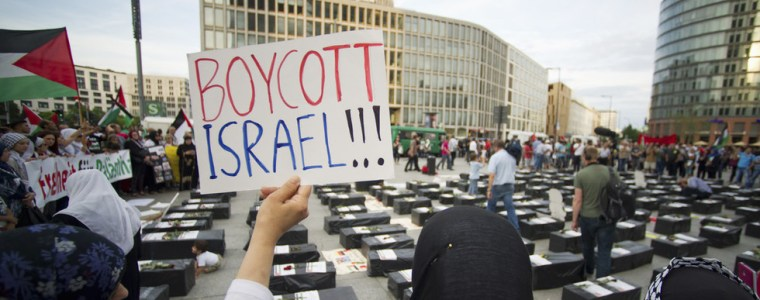 bds-=-anti-semitism?-germany-passes-motion-against-palestinian-protest-movement
