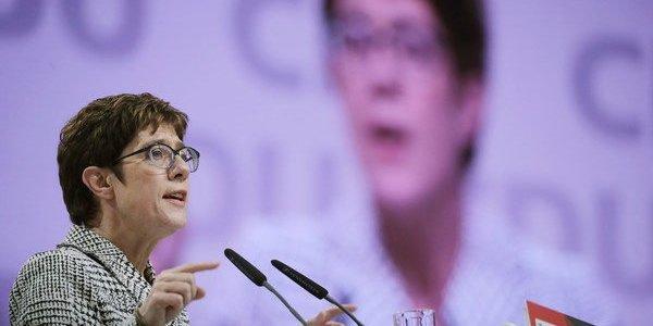 bilderberg-konferenz:-kramp-karrenbauer-nimmt-teil