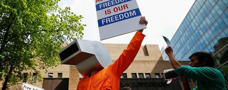 us-crusade-against-assange-a-'blueprint'-for-criminalizing-journalism-–-greenwald