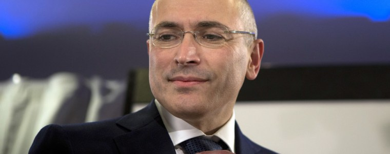 russian-tycoon-khodorkovsky-got-oil-giant-yukos-with-a-bribe-&-robbed-western-shareholders-–-report