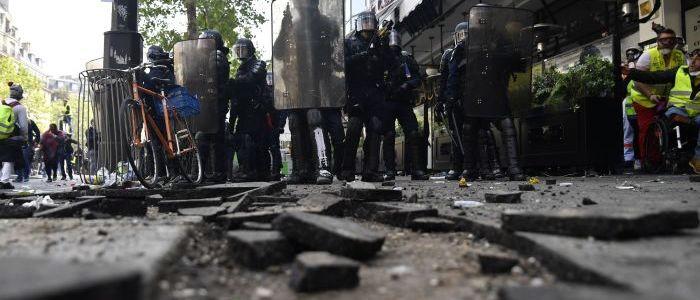 """29.-woche-in-folge:-""""gelbwesten""""-demonstrieren-in-paris"""