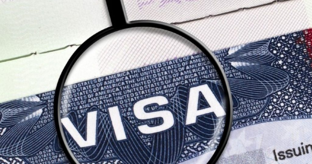 us.-visa-applications-now-require-5-years-worth-of-social-media,-phone-numbers-and-email-addresses
