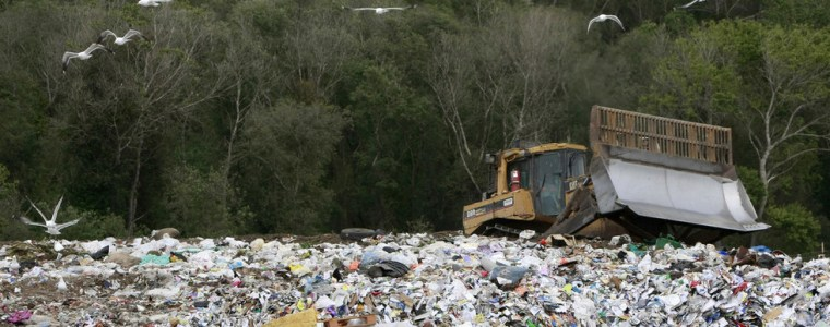 king-of-the-heap:-us-named-world's-top-trash-maker,-risks-being-buried-in-its-own-garbage