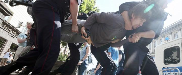demonstrationen-in-moskau-–-was-die-deutschen-medien-nicht-berichten-|-anti-spiegel