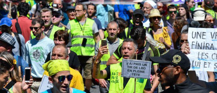 """38.-woche-in-folge:-""""gelbwesten""""-demo-in-paris"""