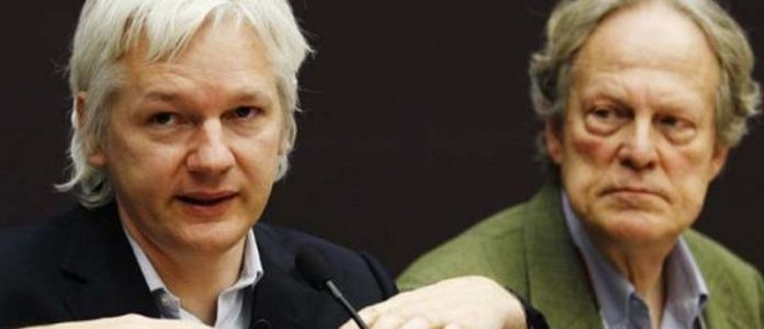 julian-assange-wins-the-2019-gavin-macfadyen-award-–-defend-wikileaks