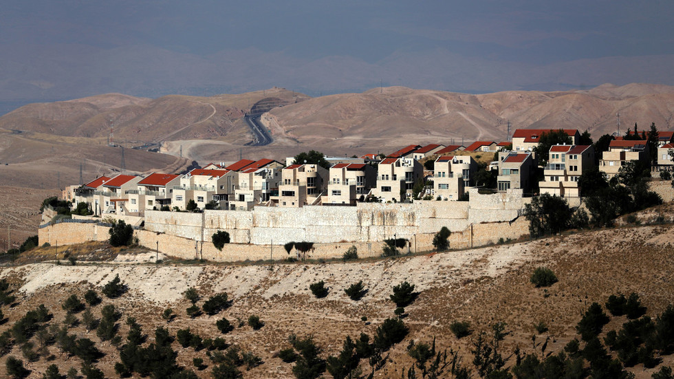 israel-approves-settlement-in-west-bank-days-before-crucial-elections