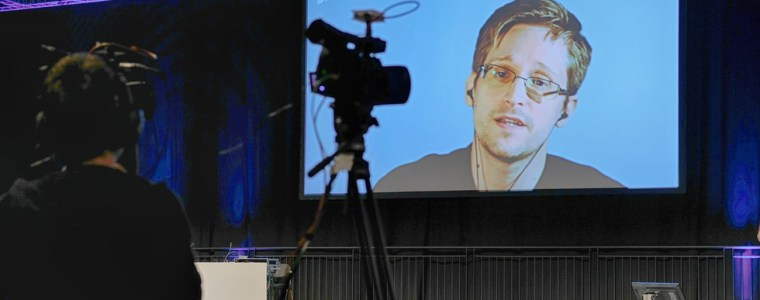 snowden-rips-msm-&-us-politicians-for-hypocrisy-in-'supporting-whistleblowers'