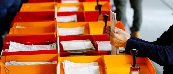 """parlamentswahlen-in-der-schweiz:-grose-verluste,-grosere-gewinne-und-der-""""okorutsch"""""""