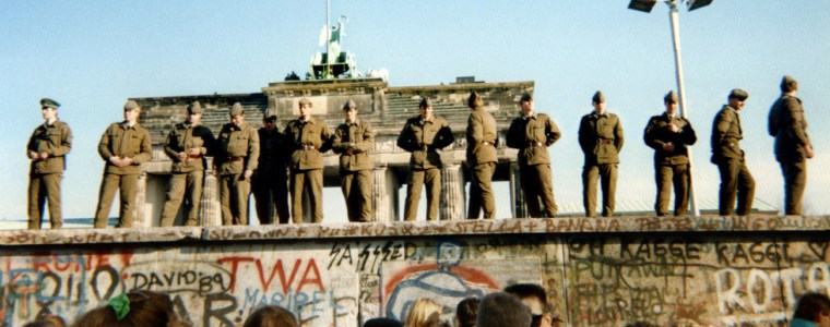 380,000-soviet-troops-in-east-germany-were-told-not-to-interfere-with-bringing-down-the-berlin-wall-–-gorbachev