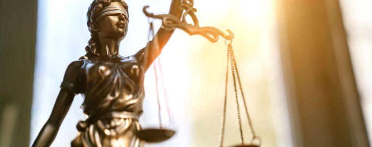 standpunkte-•-was-ist-recht-und-gerechtigkeit?-|-kenfm.de