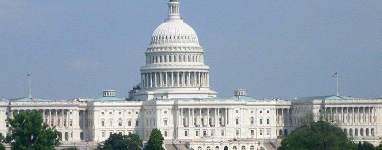"""us-kongress:-neue-sanktionen-gegen-syrien-und-""""helfer""""-von-baschar-al-assad"""