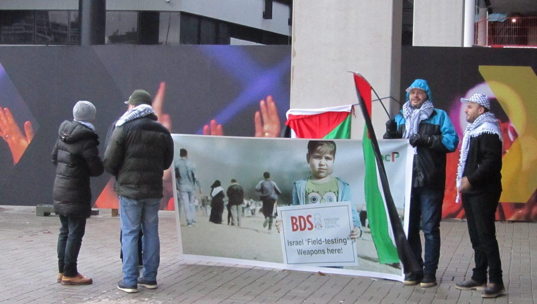 demonstratie-bij-ahoy-tegen-wapens-getest-op-burgers-in-gaza,-nu-te-koop-in-rotterdam-–-docp