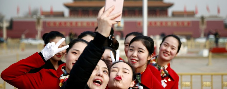 china's-smartphone-shipments-to-rise-in-2020-amid-push-to-5g