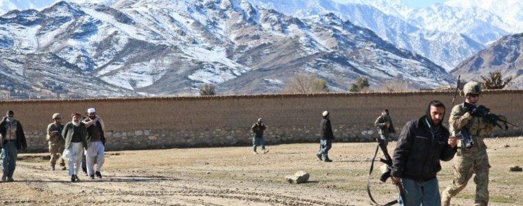 """wie-die-""""mutter-aller-bomben""""-afghanistan-verseucht-hat"""