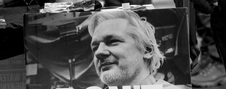 tagesdosis-332020-–-der-kafkaeske-schauprozess-gegen-den-wikileaks-grunder-|-kenfm.de
