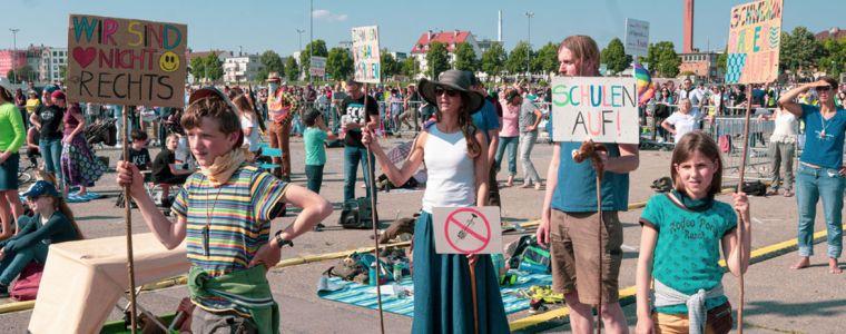 standpunkte-•-corona-demos:-ein-blick-auf-die-mentale-verfasstheit-der-medien-|-kenfm.de