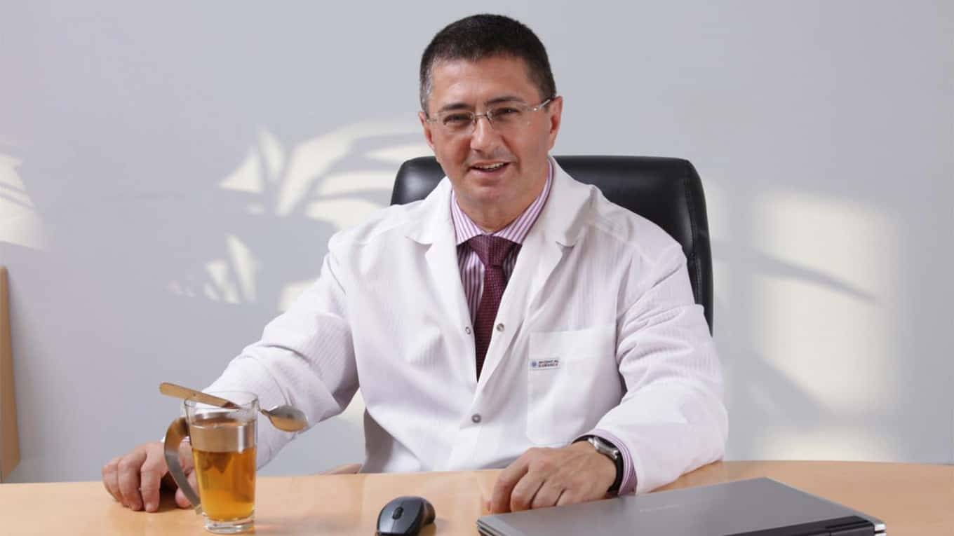 'it's-just-the-flu,-it's-all-bs'-–-russia's-top-official-covid-doctor-admits-in-bombshell-invu
