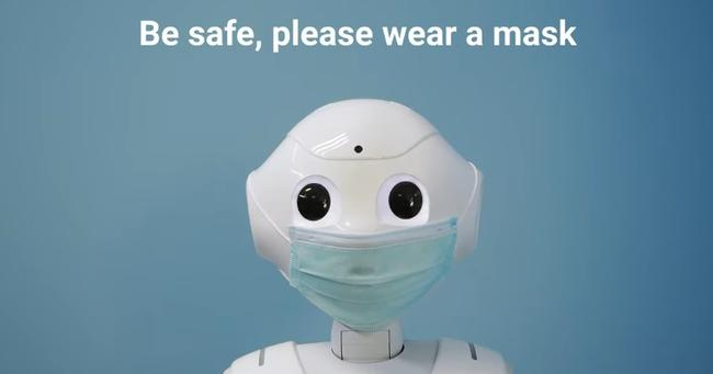 robot-uses-face-scanning-ai-to-ask-people-to-wear-a-mask