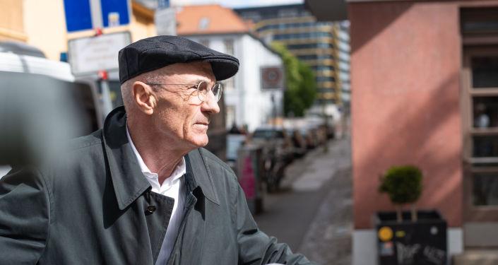 """corona-demo-in-berlin-abgesagt:-""""ein-grundrecht-wird-gebrochen!""""-–-uli-gellermann"""