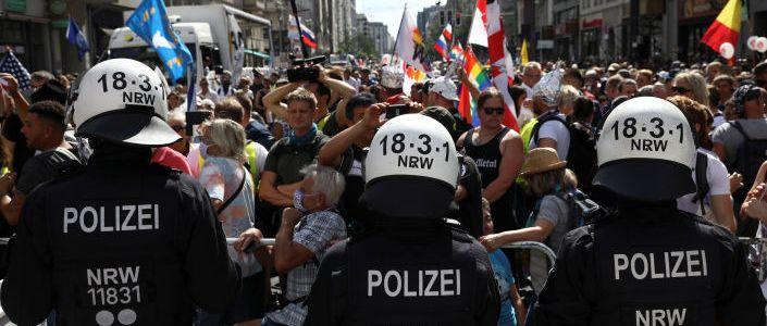 berliner-polizei-lost-demo-gegen-corona-masnahmen-auf