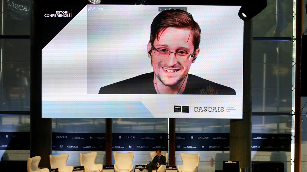 snowden-did-nothing-wrong?-court-rules-nsa-spying-on-americans'-phones-was-illegal-all-along
