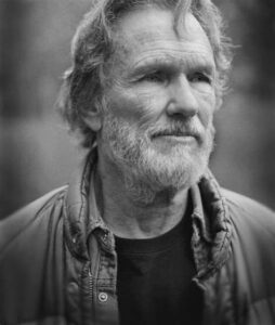 partly-truth-and-partly-fiction-–-totally-genius:-kris-kristofferson-–-global-research