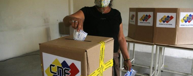 venezuela-–-die-boykottierte-parlamentswahl,-der-angekundigte-wirtschaftliche-wiederaufbau-und-das-ende-der-juan-guaido-fiktion