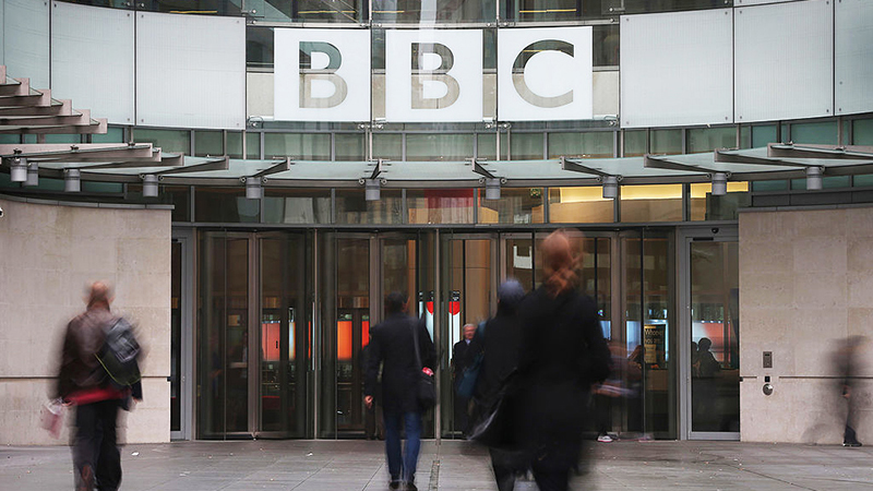 bbc-publishes-cringe-guide-for-'talking-to-conspiracy-theorist-relatives'-at-christmas