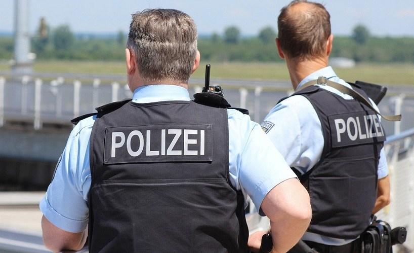 """""""politieagenten-voor-opheldering"""":-coronacritici-bij-de-duitse-politie-organiseren-zich-–-frontnieuws"""