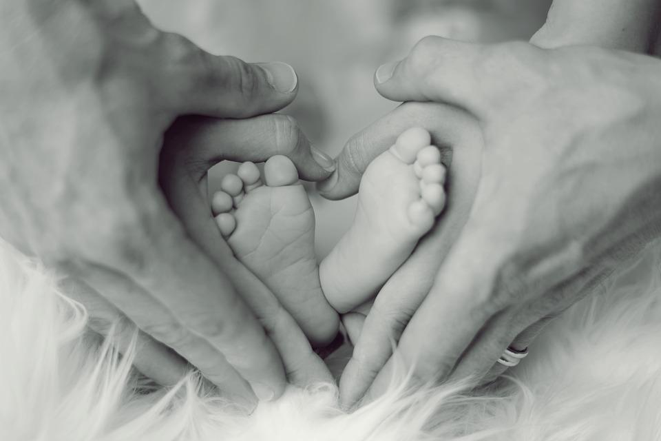 farmaceutische-reus-johnson-&-johnson-test-haar-experimentele-covid-vaccin-op-pasgeborenen-–-frontnieuws