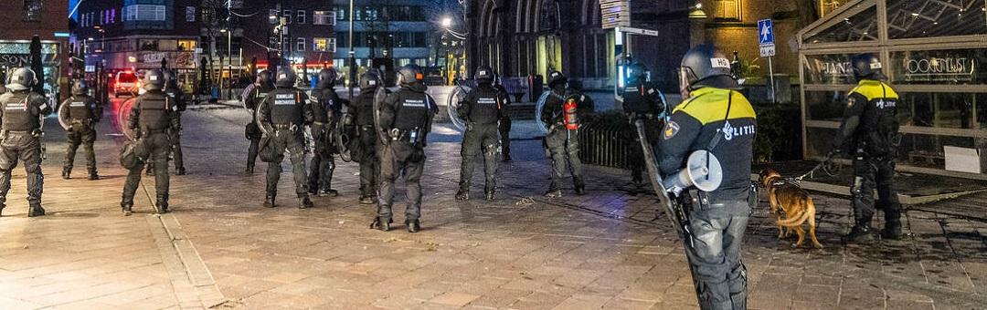 politieagenten-in-gewetensnood-door-'wappierammen':-'ik-lig-'s-avonds-huilend-in-bed'