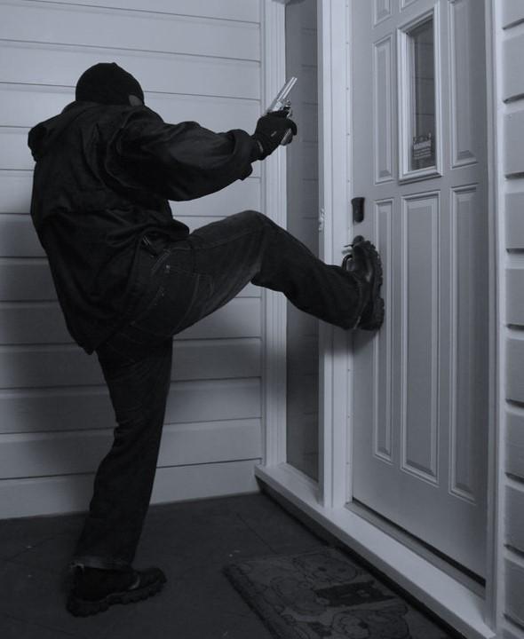insgeheime-gesetzesanderung:-homeoffice-setzt-unverletzlichkeit-der-wohnung-auser-kraft