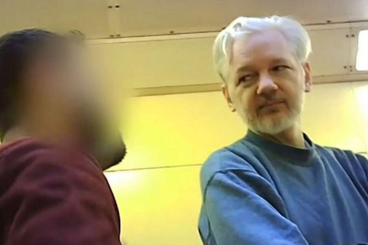 zwei-jahre-seit-der-entfuhrung-von-assange-aus-der-ecuadorianischen-botschaft