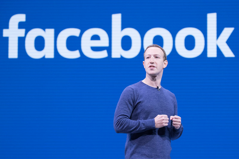 facebook-sluit-gigantische-groep-voor-vaccinatieslachtoffers-–-frontnieuws