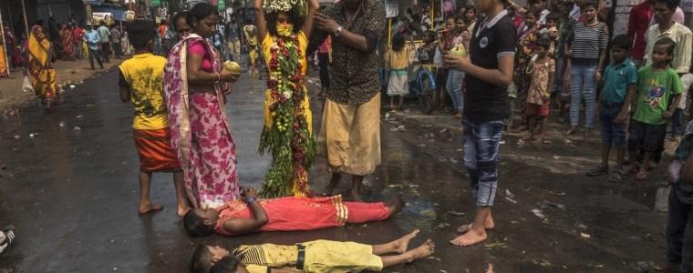 india's-killer-'godmen'-and-their-sacrificial-children-and-adolescence-robert-gorter,-md,-phd