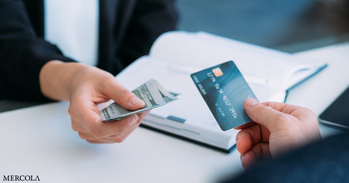 did-the-pandemic-accelerate-the-shift-to-a-cashless-society?