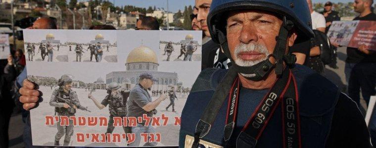 israel-arresteert-7-journalisten-omdat-ze-de-arrestatie-van-ongewapende-palestijnen-documenteerden