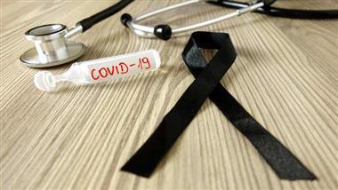 """60%-van-degenen-ouder-dan-50-""""die-sterven-aan-covid""""-zijn-dubbel-gevaccineerd"""