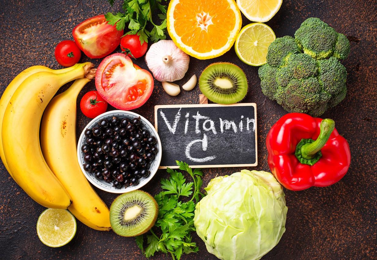 vitamine-c-en-coronavirus:-geen-vaccin,-slechts-een-nederige-maar-zeer-effectieve-remedie