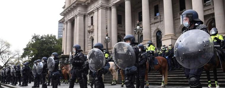 """de-australische-premier-biedt-zijn-burgers-vrijheid-aan-als-een-""""geschenk"""":-ze-moeten-hun-leven-terugkrijgen,-maar-alleen-met-qr-codes-en-andere-maatregelen"""