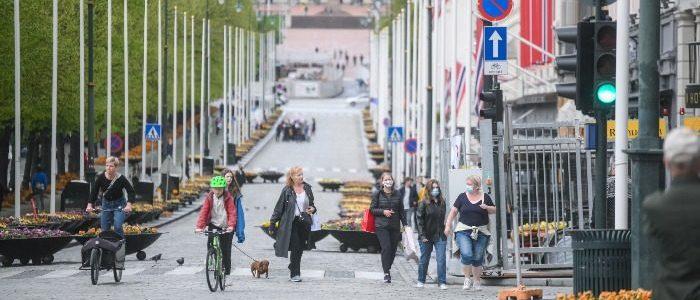 niet-gevaarlijker-dan-gewone-griep:-noorwegen-herclassificeert-covid-19-en-heft-pandemiebeperkingen-op