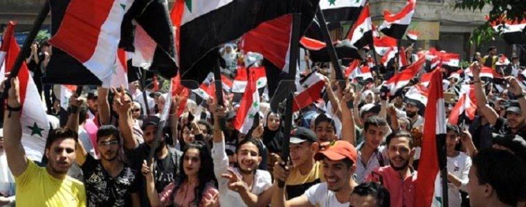 er-zijn-positieve-ontwikkelingen-op-het-terrein-in-syrie,-maar-voor-amerika-zijn-het-sancties-en-lijden-zoals-gewoonlijk