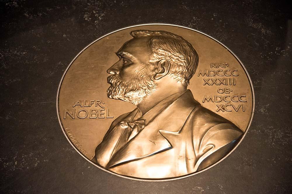 """nobelprijs-nominatie-als-een-middel-om-te-vechten-""""voor-het-idee-van-de-waarheid""""-(joe-biden)?"""