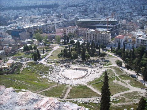 Man, 25, dies after fall during attempted mugging in Athens